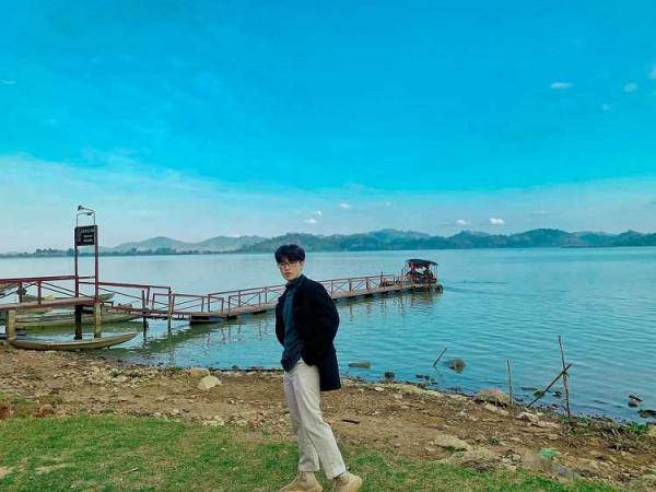 Hồ Lak1
