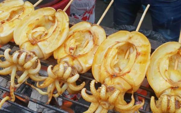 Hấp dẫn với những món ăn ngon bá cháy tại Đà Nẵng