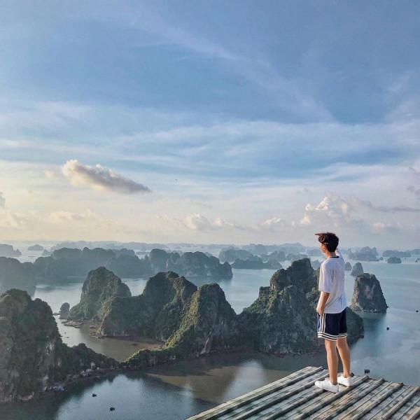 Săn vé máy bay chia sẻ kinh nghiệm du lịch Hạ Long