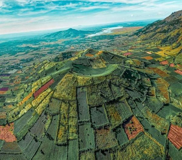 Núi lửa Chư Đăng Ya1