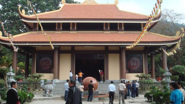 Thiền viện Trúc Lâm Yên Tử – Quảng Ninh