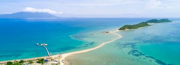 Săn vé máy bay khám phá nét độc đáo của đảo Điệp Sơn