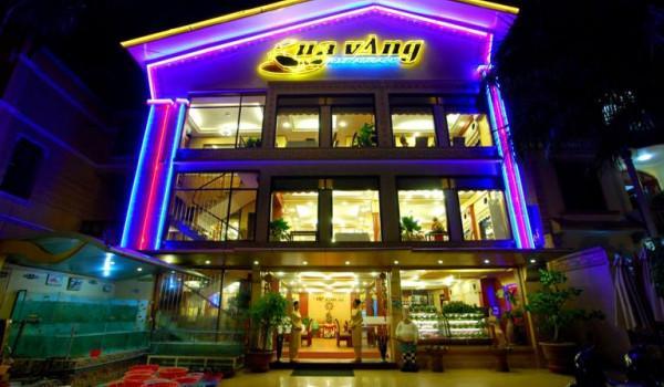 1370_nha_hang_cua_vang