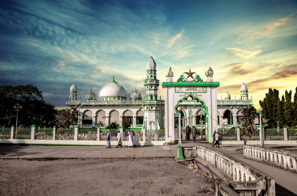 thanh_duong_masjid-jamiul-azhar-1024x677