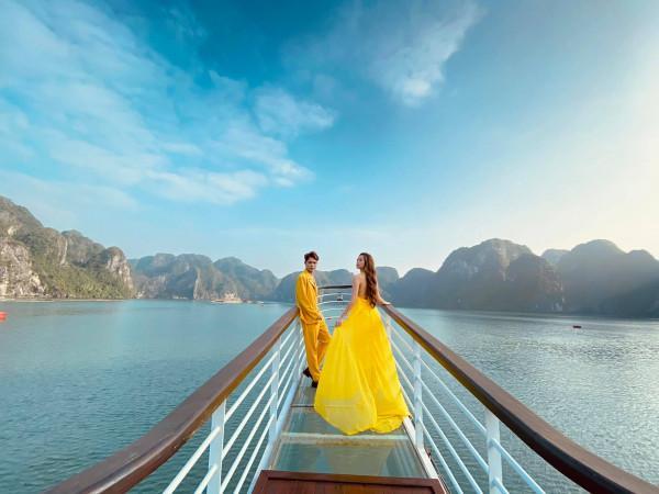 Top lý do bạn nên du lịch vịnh Hạ Long một lần trong đời