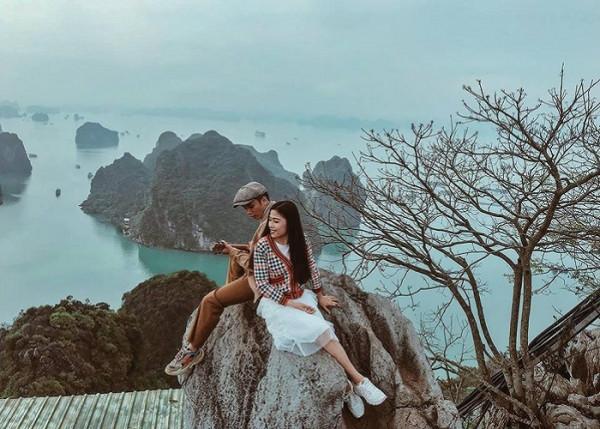 Du lịch hòn đảo ngọc xinh đẹp Tuần Châu Hạ Long